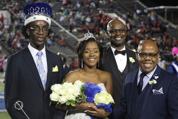 Emerson and Adams named 2018 MHS Homecoming Queen and King